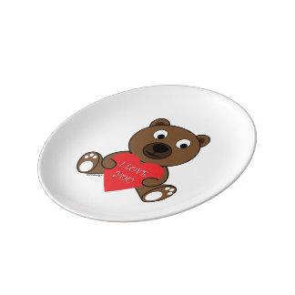 Ours de Brown mignon personnalisable avec le coeur Assiette En Porcelaine