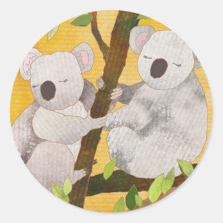 Ours de koala sticker rond