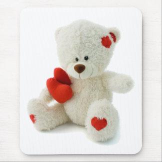 Ours de nounours blanc tenant un coeur rouge tapis de souris