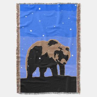 Ours gris en hiver couvre pied de lit
