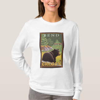 Ours noir dans la forêt - courbure, Orégon T-shirt