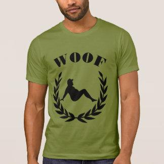 Ours potelé de fierté gaie d'ours dans le feuille t-shirt