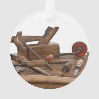 Outils en bois de charpentier