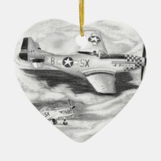 (P-51) Mustang Ornement Cœur En Céramique