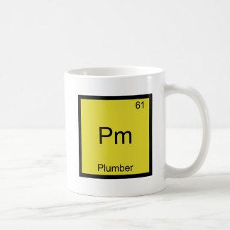 P.M. - Pièce en t drôle de symbole d'élément de ch Tasse