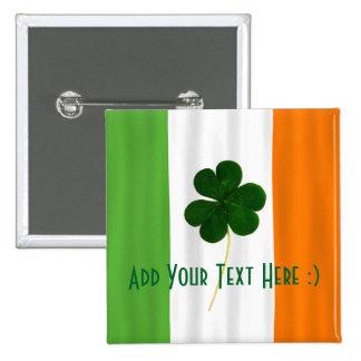 Paddy irlandais de shamrock de drapeau du jour de pin's