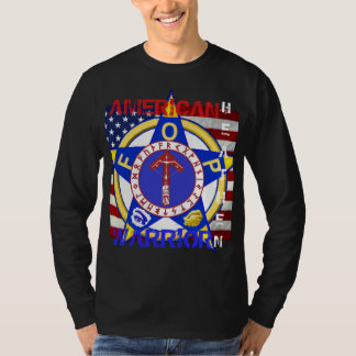 Païen américain--Police T-shirt
