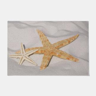 Paillasson Deux étoiles de mer dans le sable grand