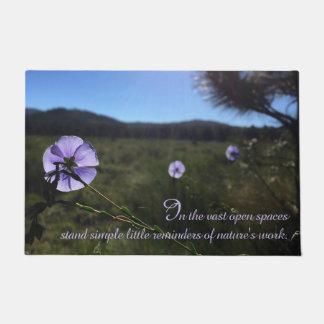 Paillasson Fleurs bleues de lin en photographie ouverte de