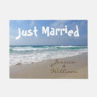Paillasson Juste marié sur les noms personnalisés par plage