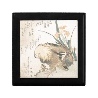 Paires de canards de mandarine et de fleurs d'iris petite boîte à bijoux carrée