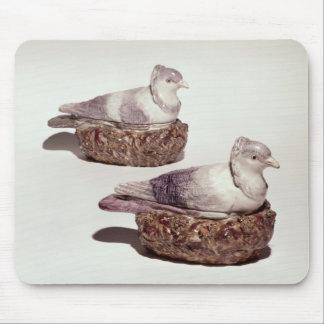 Paires de soupières de poterie du Staffordshire Tapis De Souris