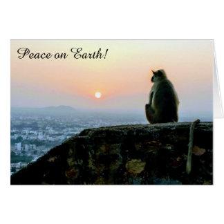 Paix sur le singe de la terre à la carte de