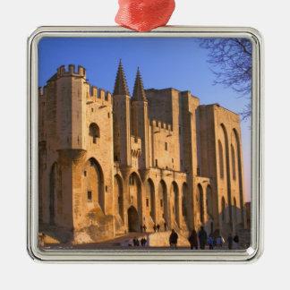 Palace du pape à Avignon avec des personnes Ornement Carré Argenté