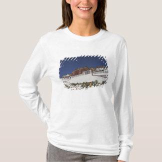 Palais de Potal à Lhasa, Thibet T-shirt