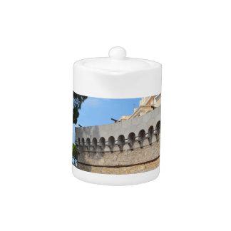 Palais du Monaco - boulets de canon et canons