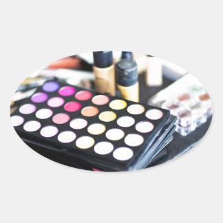 Palette de maquillage et brosses - copie de beauté sticker ovale