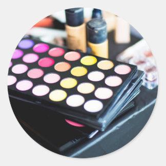 Palette de maquillage et brosses - copie de beauté sticker rond