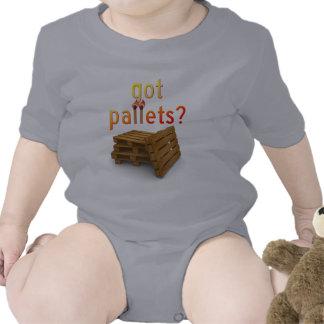 Palettes obtenues ? bodies pour bébé
