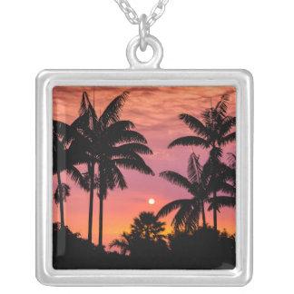 Palmiers silhouettés, Hawaï Pendentif Carré