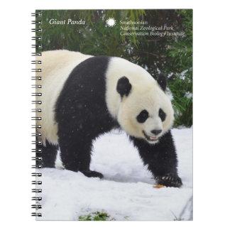 Pandas géants de Smithsonien   dans la neige Carnet
