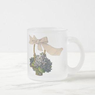 Panier vintage des violettes mug en verre givré
