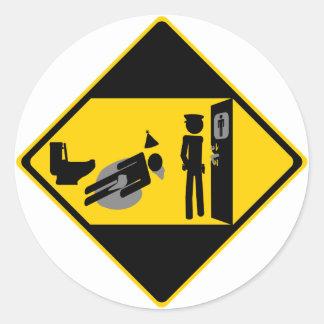 Panneau routier ridicule de Captian Sticker Rond