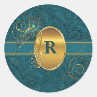 Paon décoré d'un monogramme Teal avec de l'or rond Sticker Rond