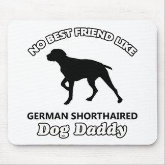 Papa aux cheveux courts allemand de chien tapis de souris