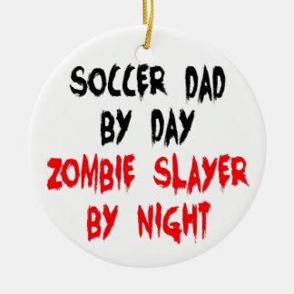 Papa du football de tueur de zombi ornement rond en céramique