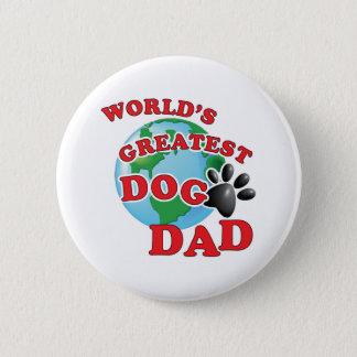 Papa du plus grand chien des mondes avec badge