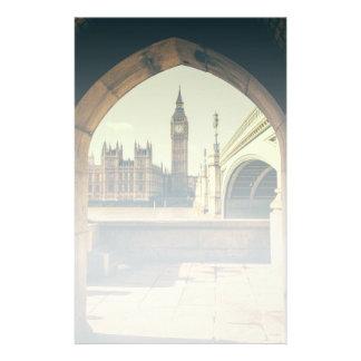Papeterie Big Ben sous la voûte, Londres R-U
