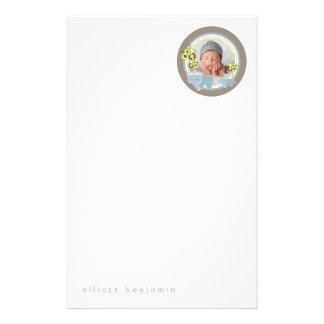 Papeterie bleue de bébé de photo de garçon de