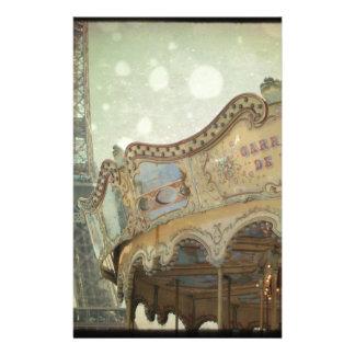 Papeterie Carrousel vintage à Paris avec Tour Eiffel