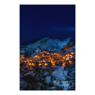 Papeterie Castelmezzano Italie la nuit