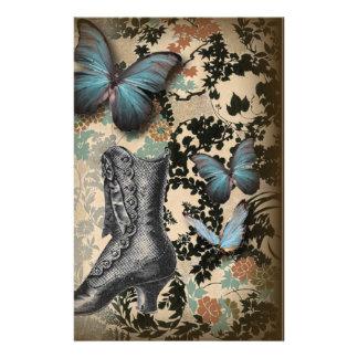 Papeterie chaussure vintage de papillon floral de steampunk