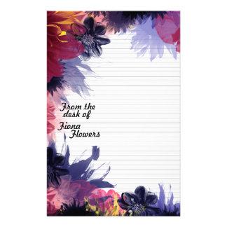 Papeterie de papier à lettres rayée, fleurs