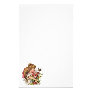 Papeterie florale vintage sur le papier réutilisé