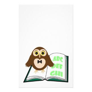 Papeterie Hibou mignon frais avec le livre d'alphabet de