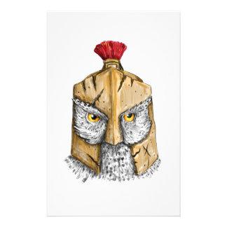 Papeterie Hibou portant le tatouage spartiate de casque