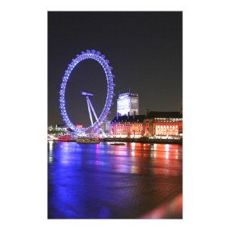 Papeterie Oeil de Londres la nuit