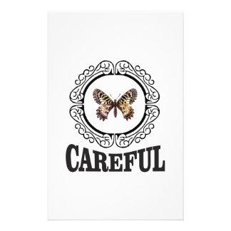 Papeterie papillon soigneux