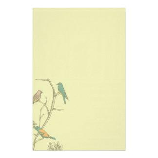 Papeterie Trois oiseaux parlant la papeterie/en-tête de