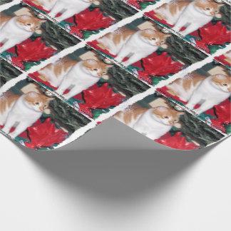 Papier Cadeau Chat sous le papier d'enveloppe de cadeau d'arbre