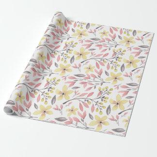 Papier Cadeau Floral assez rose, jaune, et gris modelé