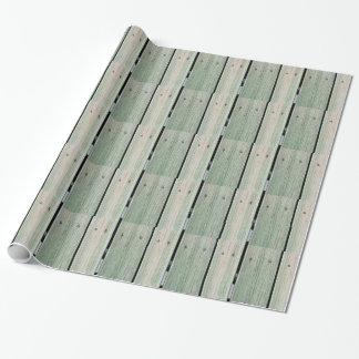 Papier Cadeau Vert et passage couvert en bois de planche de