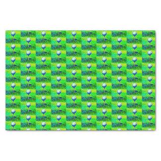 Papier de soie de soie jouant au golf de