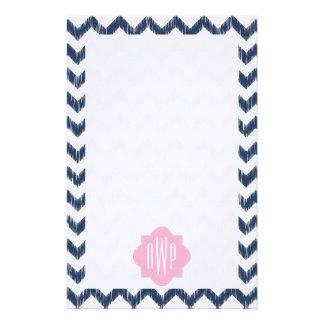 Papier décoré d'un monogramme bleu de papeterie de