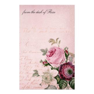 Papier rose de papeterie de lettre de fleur de cru