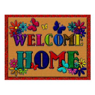 Papillon à la maison bienvenu de signe floral carte postale